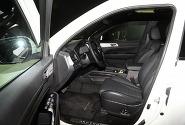 [포토] 여유로운 실내 공간이 돋보이는 쌍용자동차 G4 렉스턴
